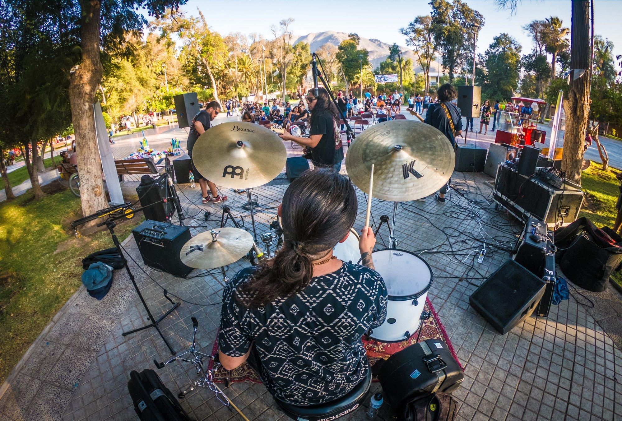 "Banda elquina Mandrágora hizo rockear al público de Vicuña en ""Plaza Cultural"""